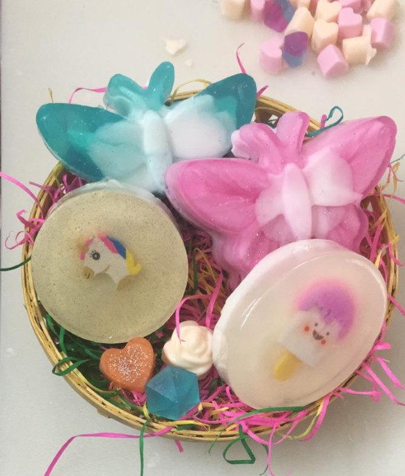 The 2 Magical Butterfly 2 Genius Kid Gift Hamper